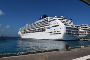 cruise ship scuba diving destinations