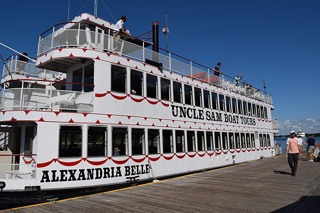 Alexandria Belle, One of the tour boats of Uncle Sam boat tours