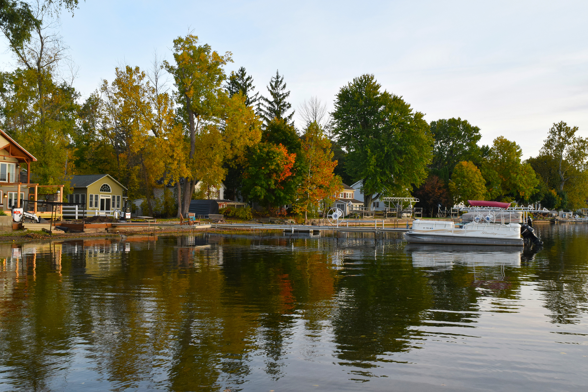 A few homes along the shore of Conesus Lake at the Boat Launch site. Looking south