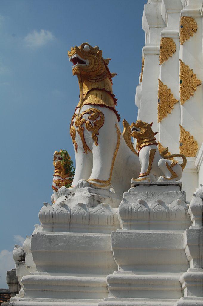 Wat Chiang Yuen Close up