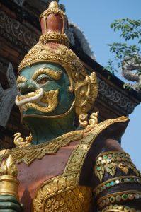 Wat Loc Molee Gate chiang mai walking tour photo-essay
